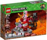 LEGO 21139 Het Onderwereld Gevecht