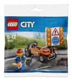 LEGO 30357 Road Worker (Polybag) FREE