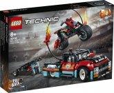 LEGO 42106 Truck en Motor voor Stuntshow